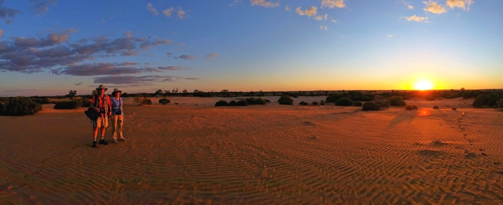 guests on 21 day wildlife safari Australia