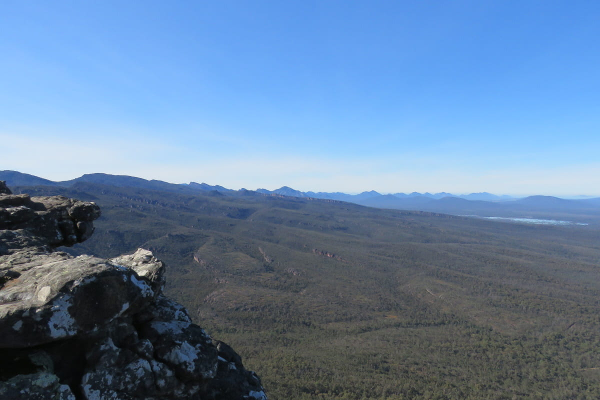 grampians gariwerd coast mountains deserts